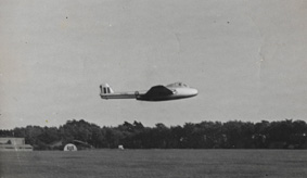 low pass of vampire aircraft 1946